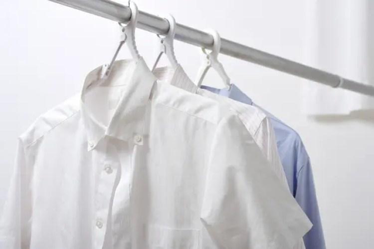 洗濯 しわ 伸ばす 干し方