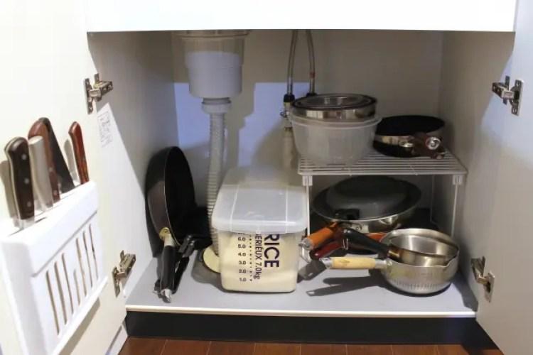 キッチン シンク下 臭い