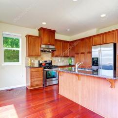 Ss Kitchen Sinks Cabinet Ratings 现代厨房岛和花岗岩台面 图库照片 C Iriana88w 51926629 现代厨房橱柜厨房和ss 电器岛屿调焦水槽和花岗岩的顶部 照片作者iriana88w