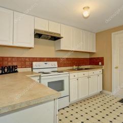 Kitchen Tile Floor Stainless Steel Doors Outdoor Kitchens 很简单的厨房瓷砖地板 图库照片 C Iriana88w 80244756
