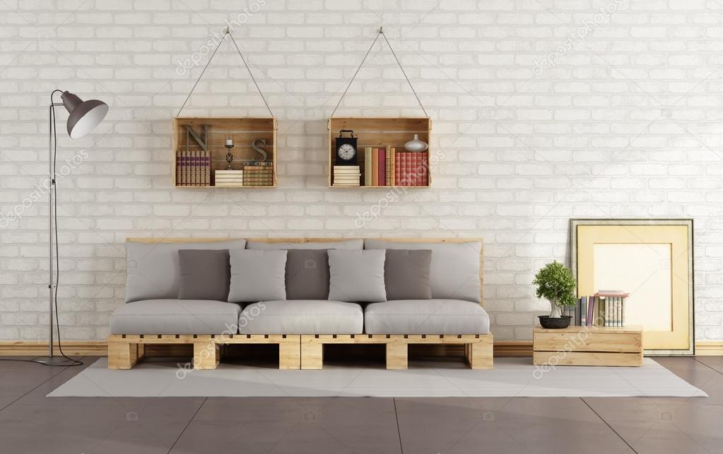 Soggiorno con divano pallet  Foto Stock  archideaphoto