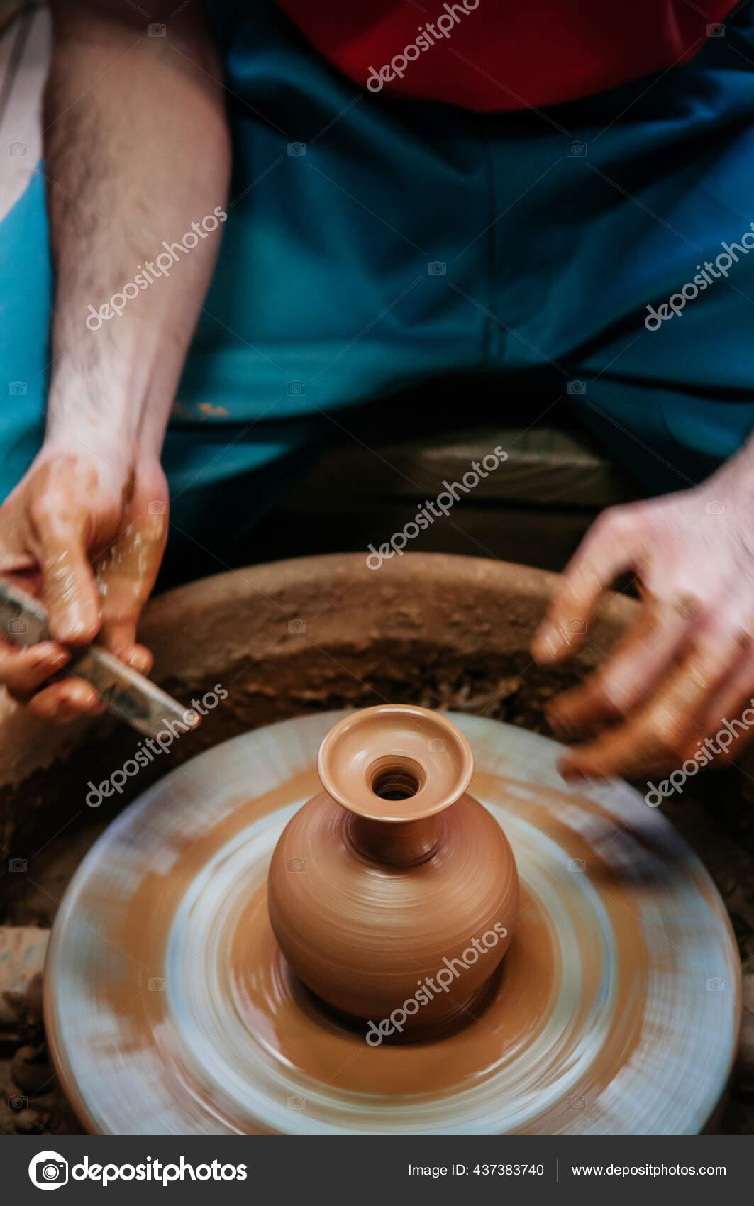 Membuat Tembikar : membuat, tembikar, Okinawa, Japan, Manusia, Membuat, Tembikar, Editorial, PixHound, #437383740