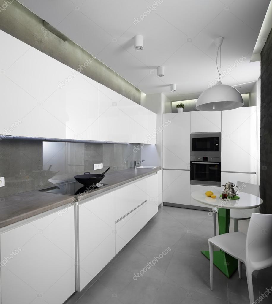 european kitchens swinging kitchen doors 现代欧洲厨房的内部 图库照片 c fiphoto 54066963