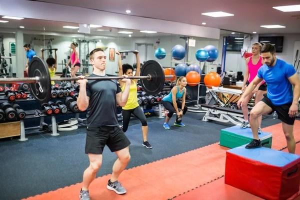 crossfit 健身健身房舉重條形圖組 — 圖庫照片©TONO BALAGUER#25462993