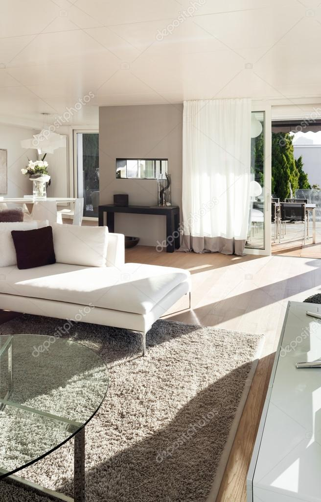 beaux interieurs d une maison moderne salle de sejour image de zveiger