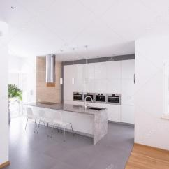 Kitchen Design Ideas Images Glass Tile Backsplash 只是厨房设计理念 图库照片 C Photographee Eu 77315484