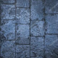 Slate Floor Kitchen Plastic Trash Can 板岩纹理地板现代厨房的热门选择 图库照片 C Nopparatz 61407239