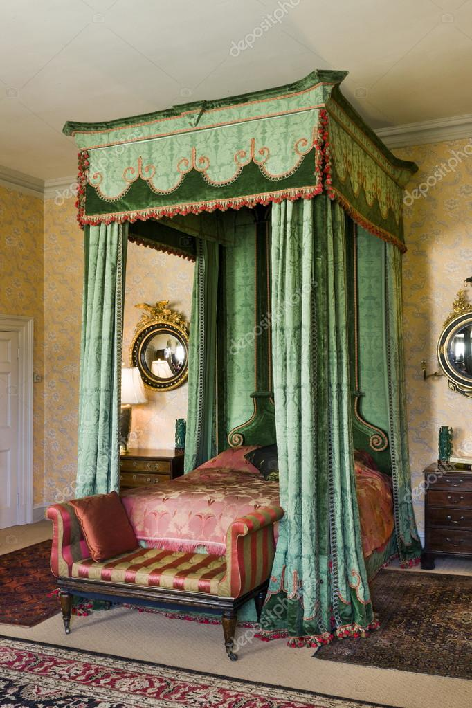 Áˆ Four Poster Bed Stock Images Royalty Free Four Poster Beds Pictures Download On Depositphotos