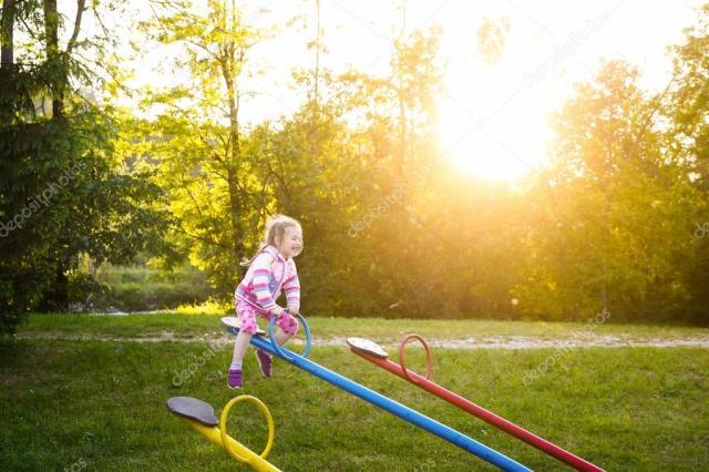 Znalezione obrazy dla zapytania dziecinstwo wsrod natury zdjecia