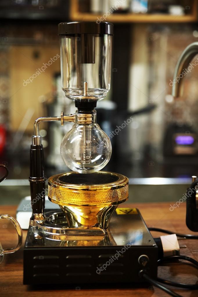 咖啡虹吸管在商店背景裝飾項目設計 — 圖庫照片©bowling-shop@hotmail.com#93934760