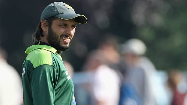 kitchen matches bar cart shahid afridi controversy: the 'place' for women is not ...