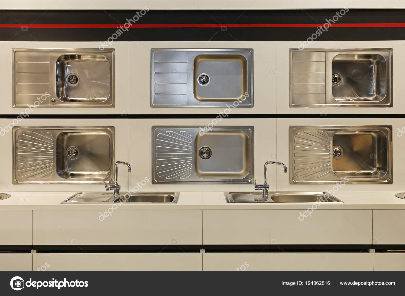 new kitchen sink how to build your own cabinets 新厨房水槽 图库照片 c baloncici 194062816