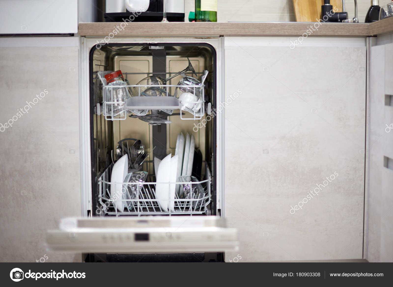 kitchen dishwashers aid range 现代厨房洗碗机 图库照片 c dimarik 180903308