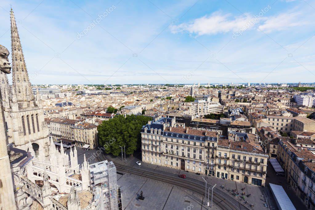 Panorama aereo di Bordeaux  Foto Stock  benkrut 173567046