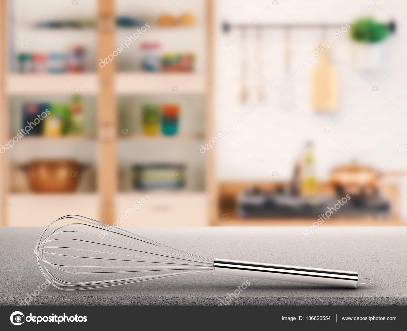 kitchen whisk outdoor vent hood 与厨房背景柜台上钢丝拂尘 图库照片 c phonlamai 136626554 3d 渲染钢丝拂尘在柜台与厨房背景上 照片作者phonlamai