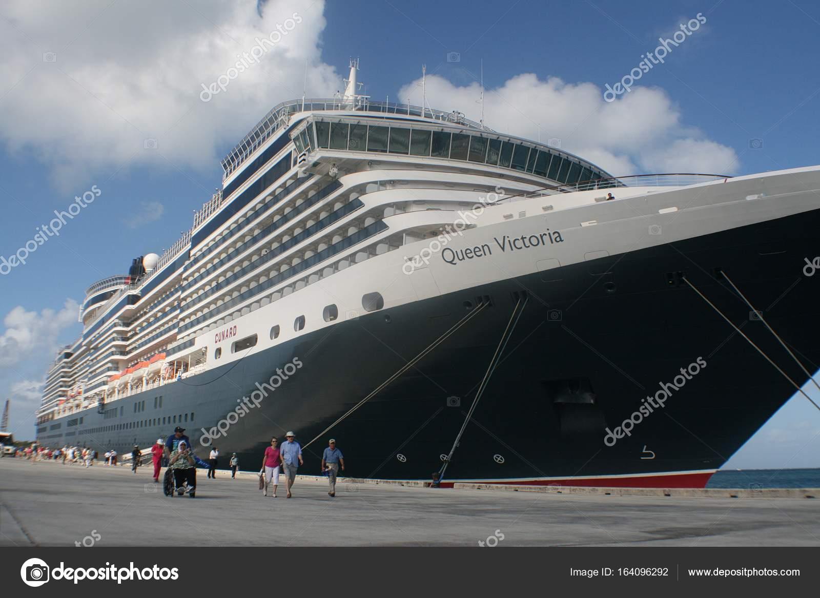 Saipan Cnmi Circa March 2009 Cruise Ship Queen Victoria