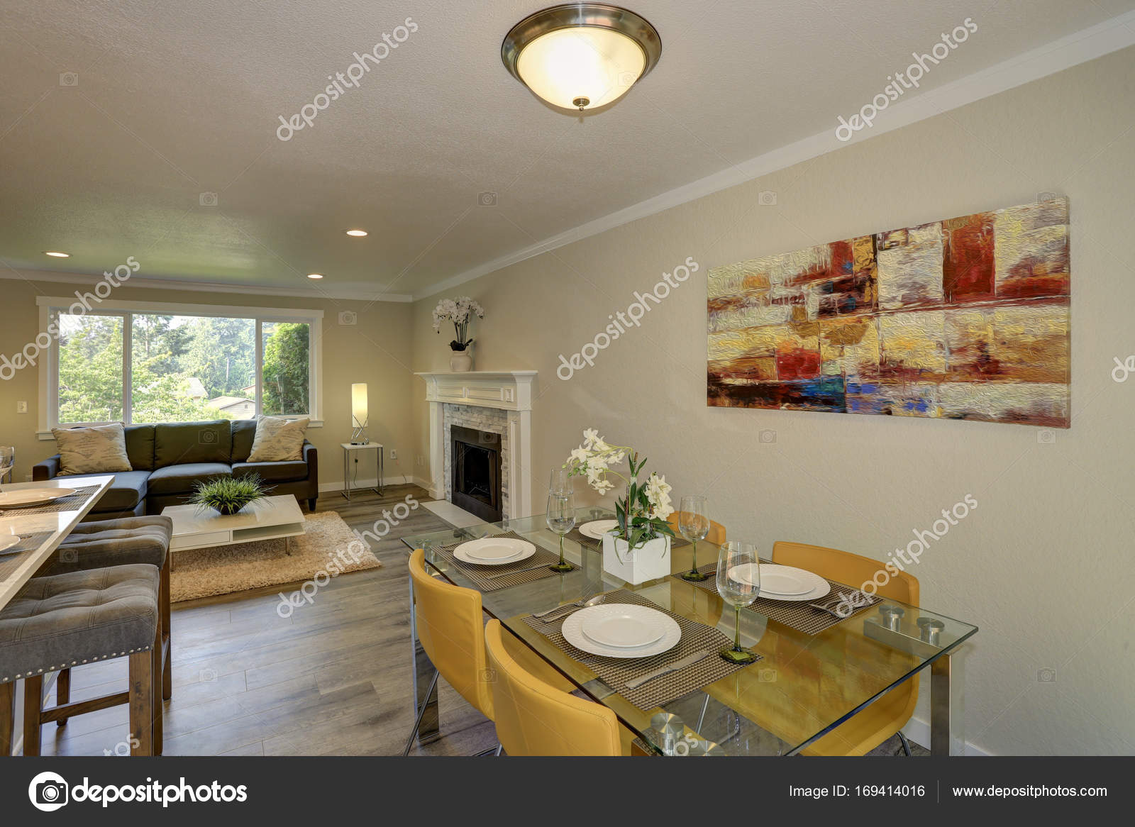 small kitchen plans kidkraft grand espresso corner 53271 美丽的开放计划二楼厨房与用餐空间 图库照片 c alabn 169414016