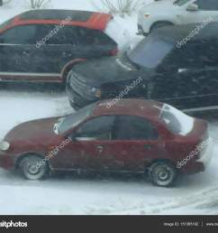 daewoo lanos in winter fotograf a editorial de stock [ 1600 x 1300 Pixel ]