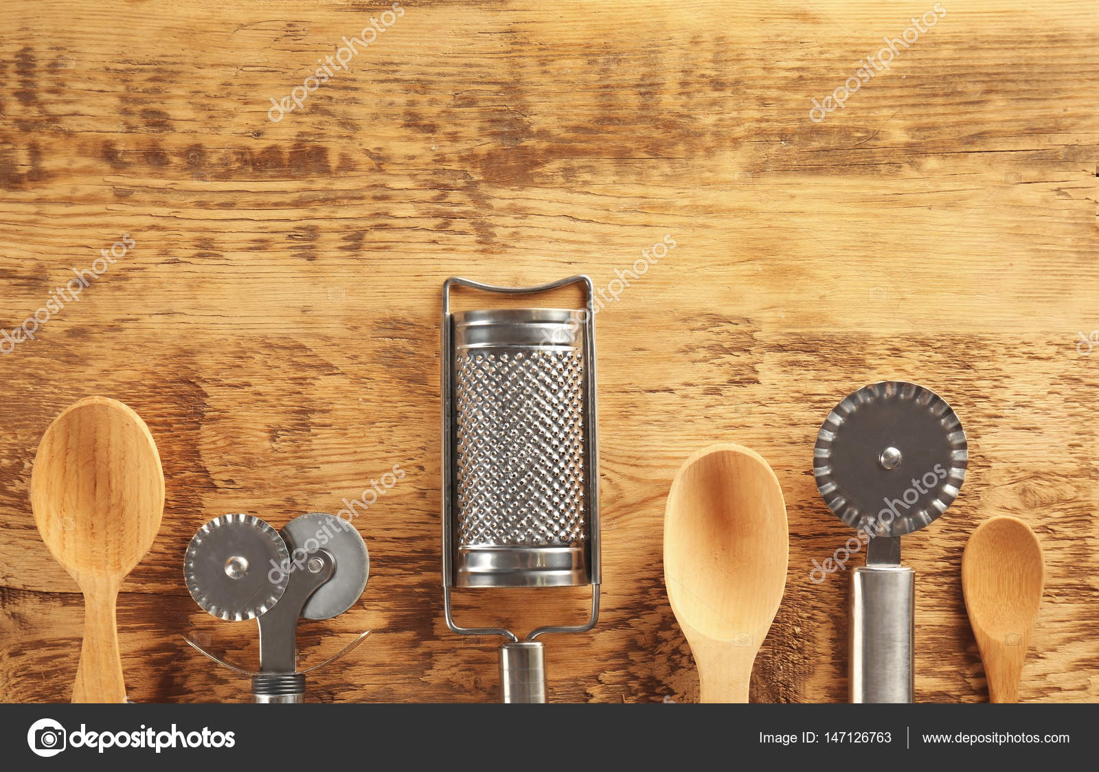 kitchen tool set knobs and pulls 不同的厨房工具集 图库照片 c belchonock 147126763