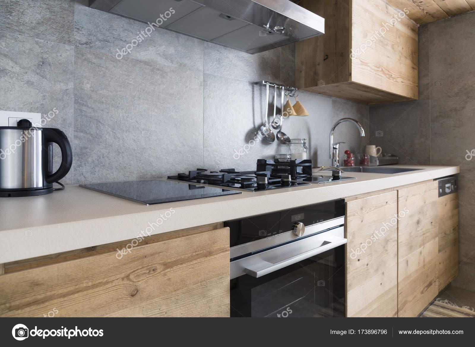 kitchen counters counter table 现代木厨房柜台 图库照片 c ilfede 173896796