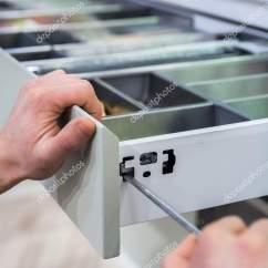 Kitchen Knife Storage Remodel San Jose 厨房箱体的调整厨房安装抽屉设计用于存放厨房用具欧洲家具百隆抽屉 图库 厨房箱体的调整厨房安装抽屉设计用于存放厨房用具欧洲家具