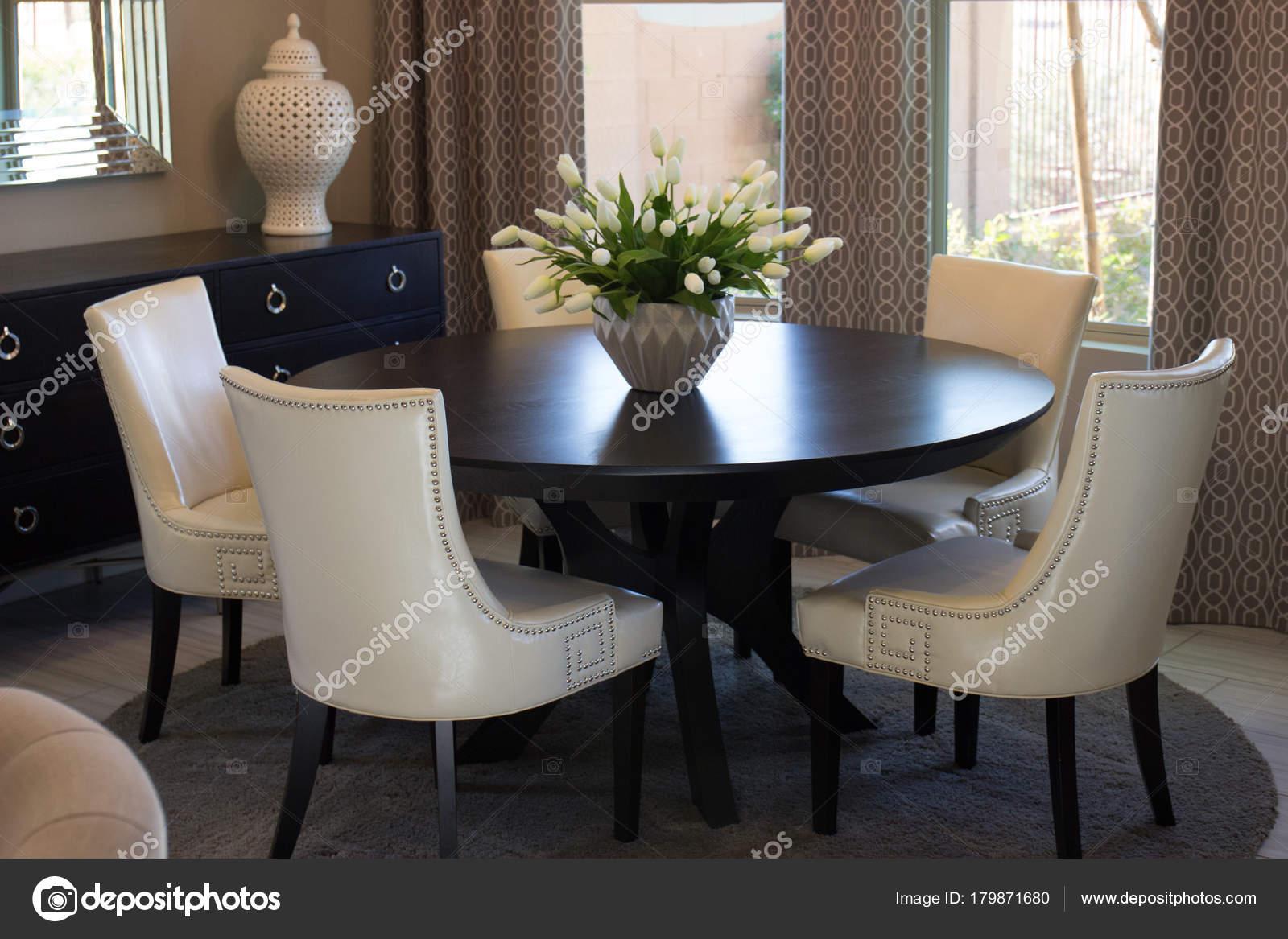 Hoge Eettafel Met Stoelen.Ronde Tafel Stoelen