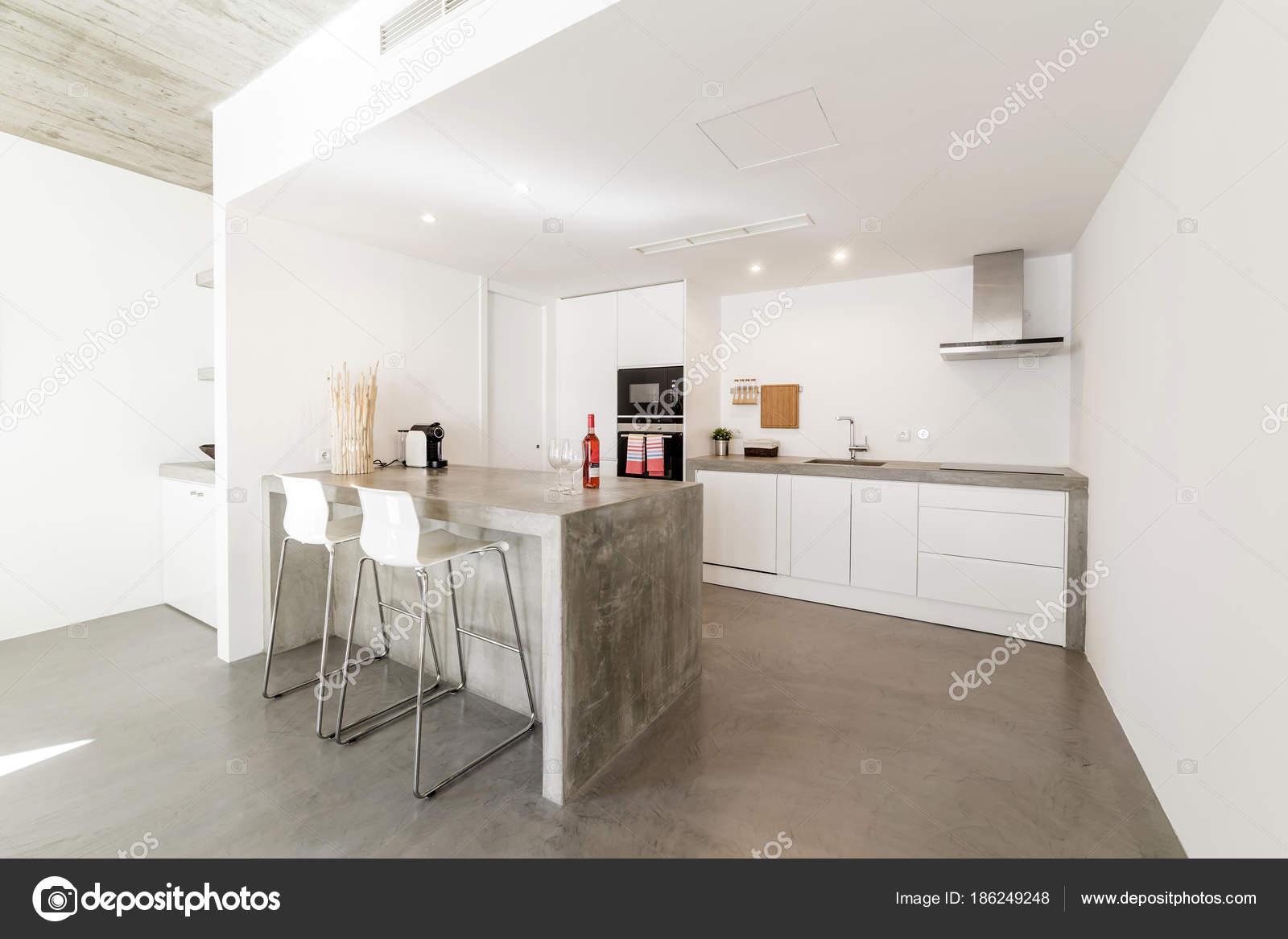 Piastrelle muro cucina paraschizzi cucina bianca piastrelle