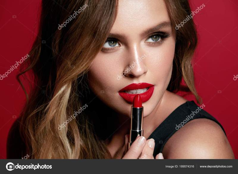 Red Lips Beautiful Woman With Beauty