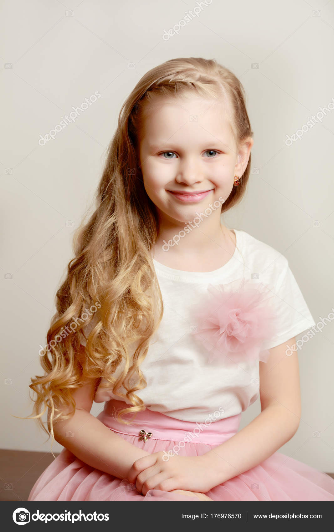 Belle petite fille 56 ans  Photographie lotosfoto1