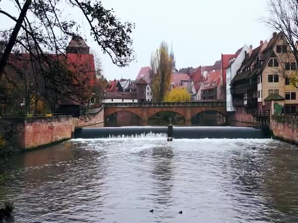 Pegnitz river canal with dam in autumn time. Nuremberg. Bavaria ...