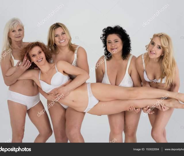 Mujeres Maduras En Ropa Interior Classiac Fotos De Stock