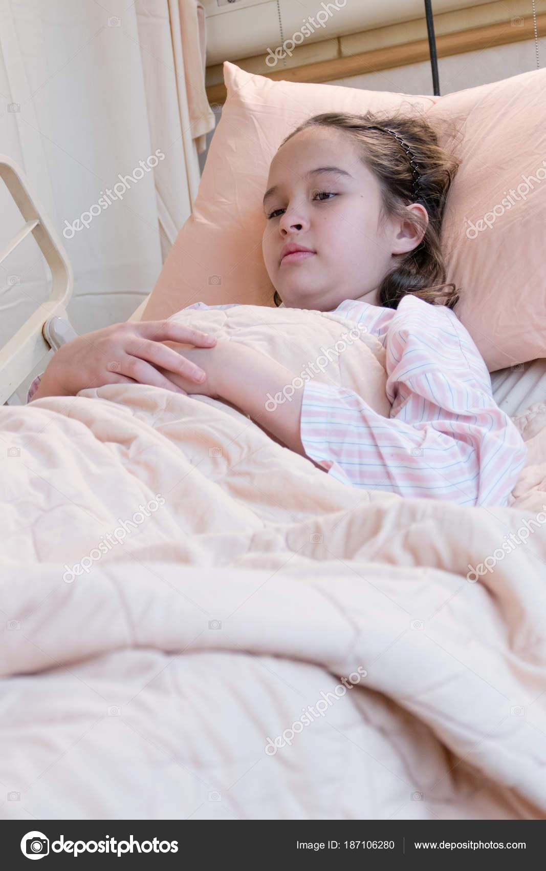 Girl In Hospital Bed Funny : hospital, funny, Hospital, Funny