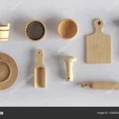 Kids Wood Kitchen Mid Century Table 儿童厨房用具 图库照片 C V Nikitenko 133030540 孩子们玩的木制厨具一套 照片作者v