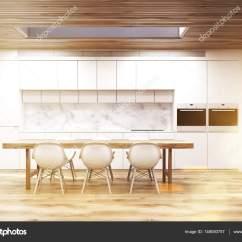Long Kitchen Tables Delta Faucet Replacement Parts 一张长桌子 定了调子的大理石厨房 图库照片 C Denisismagilov 148050757 照片作者denisismagilov