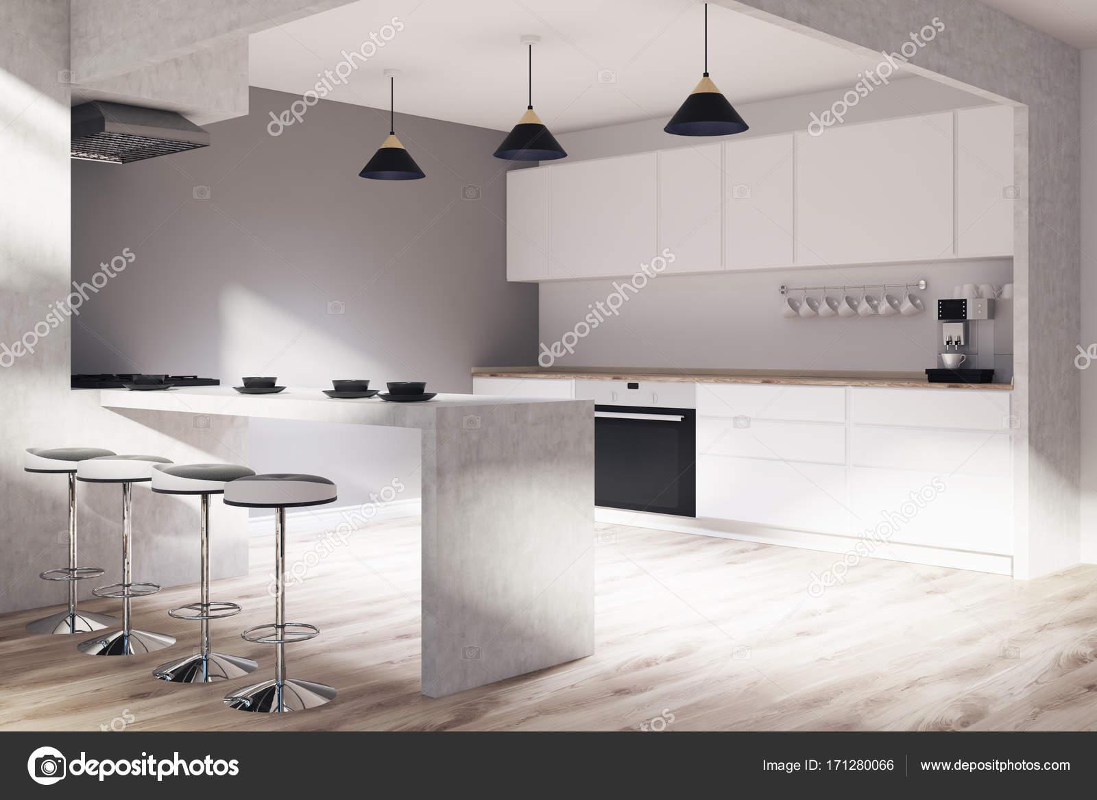 corner hutch kitchen antique table 灰色和木制厨房角落 图库照片 c denisismagilov 171280066