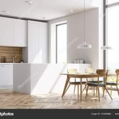 Wooden Kitchen Table Martha Stewart Towels 带桌子的白色和木制厨房 侧面视图 图库照片 C Denisismagilov 191946666