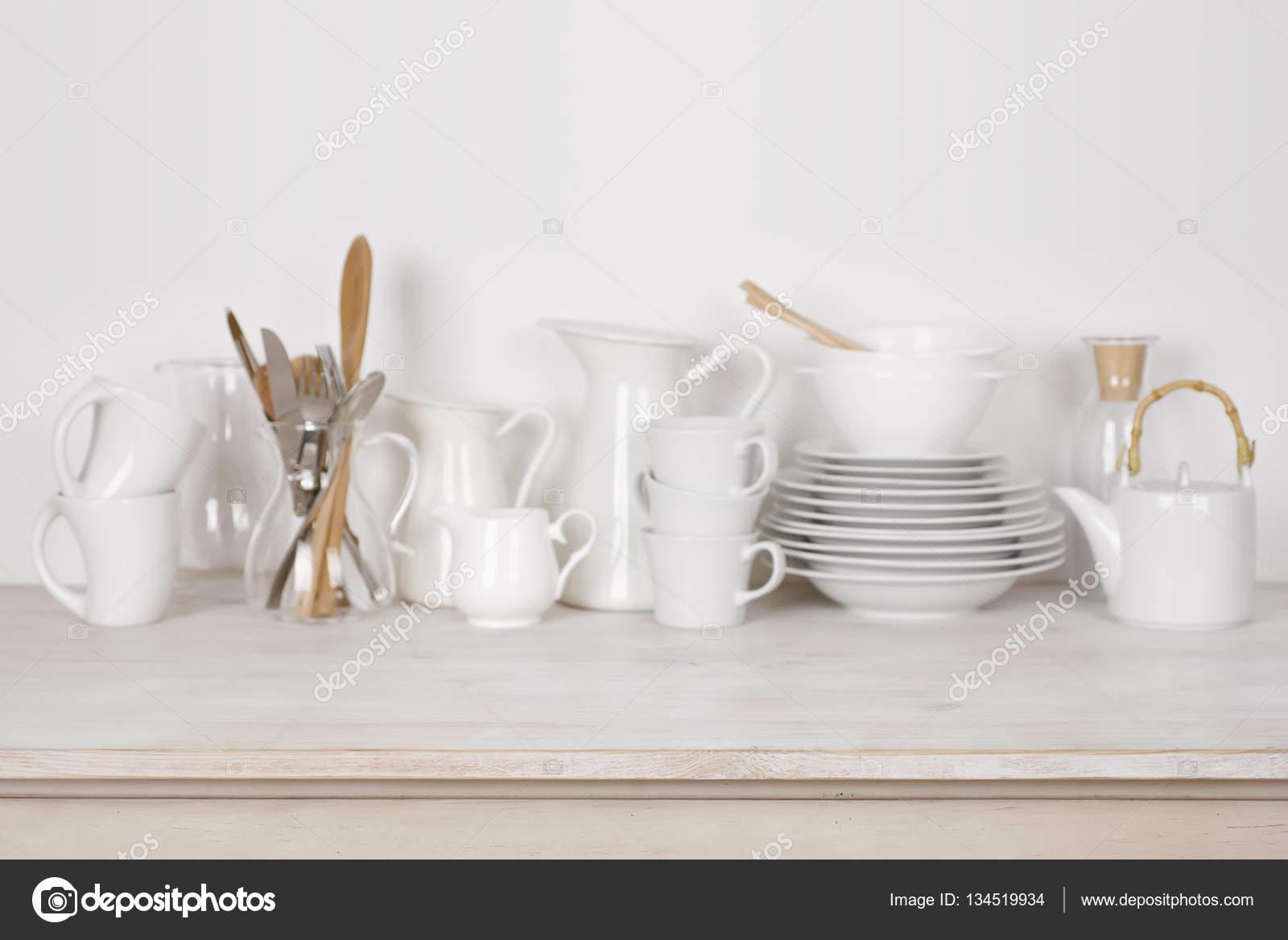 kitchen cutlery small furniture 模糊的木桌和副本空间厨房餐具背景 图库照片 c didecs 134519934