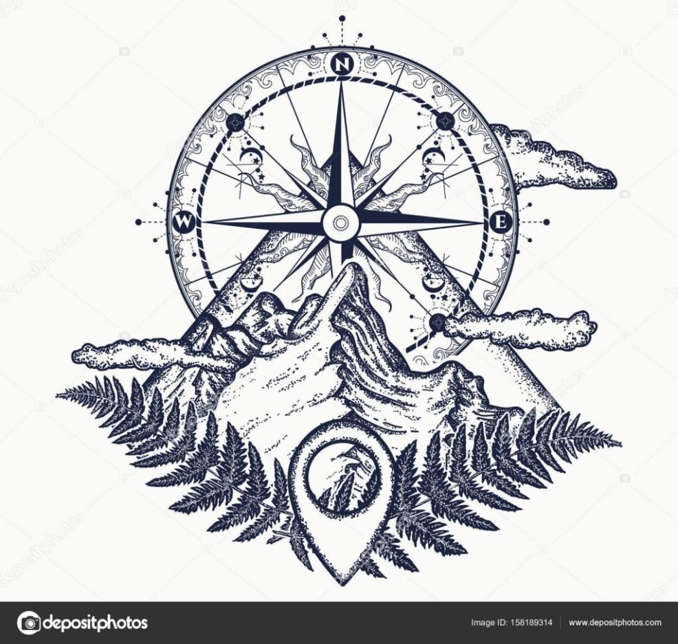 горы и компас татуировок символ туризм скалолазание векторное