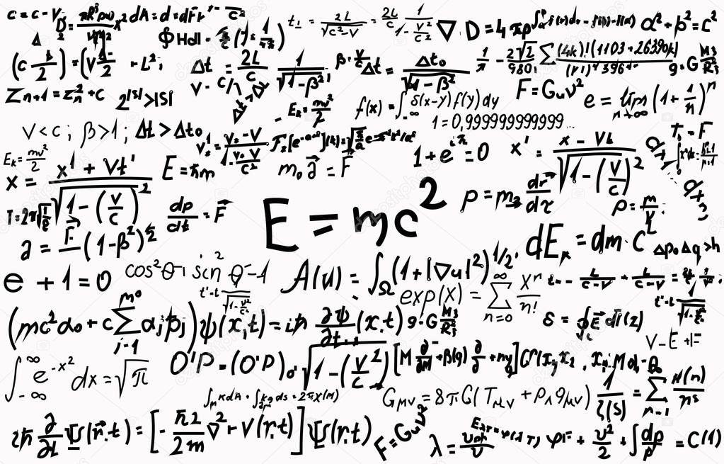 Tableau noir portant des formules scientifiques et calculs