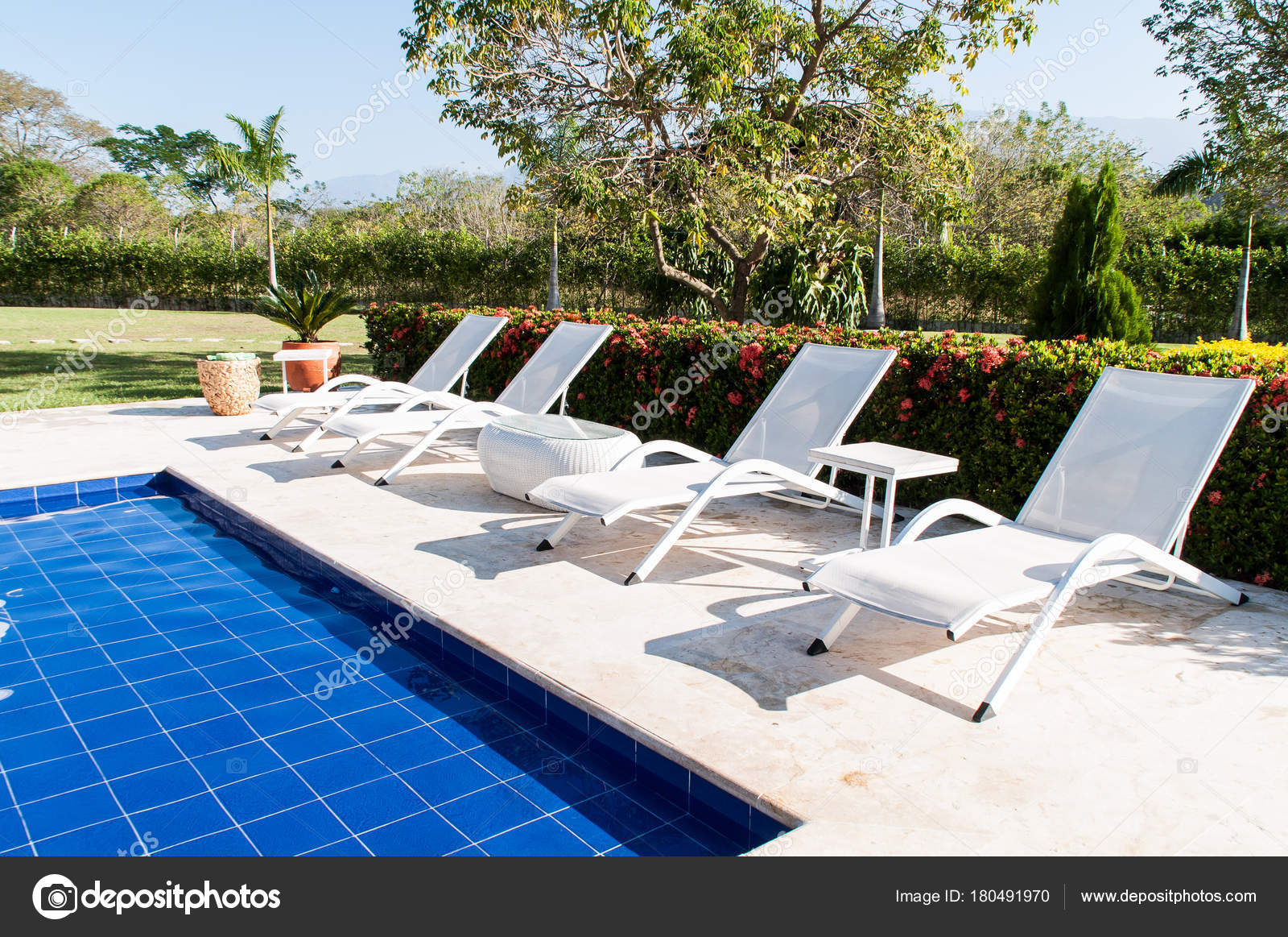 Chairs For Pool Sun Chairs Pool Stock Photo Gonzalocallefotografia Gmail