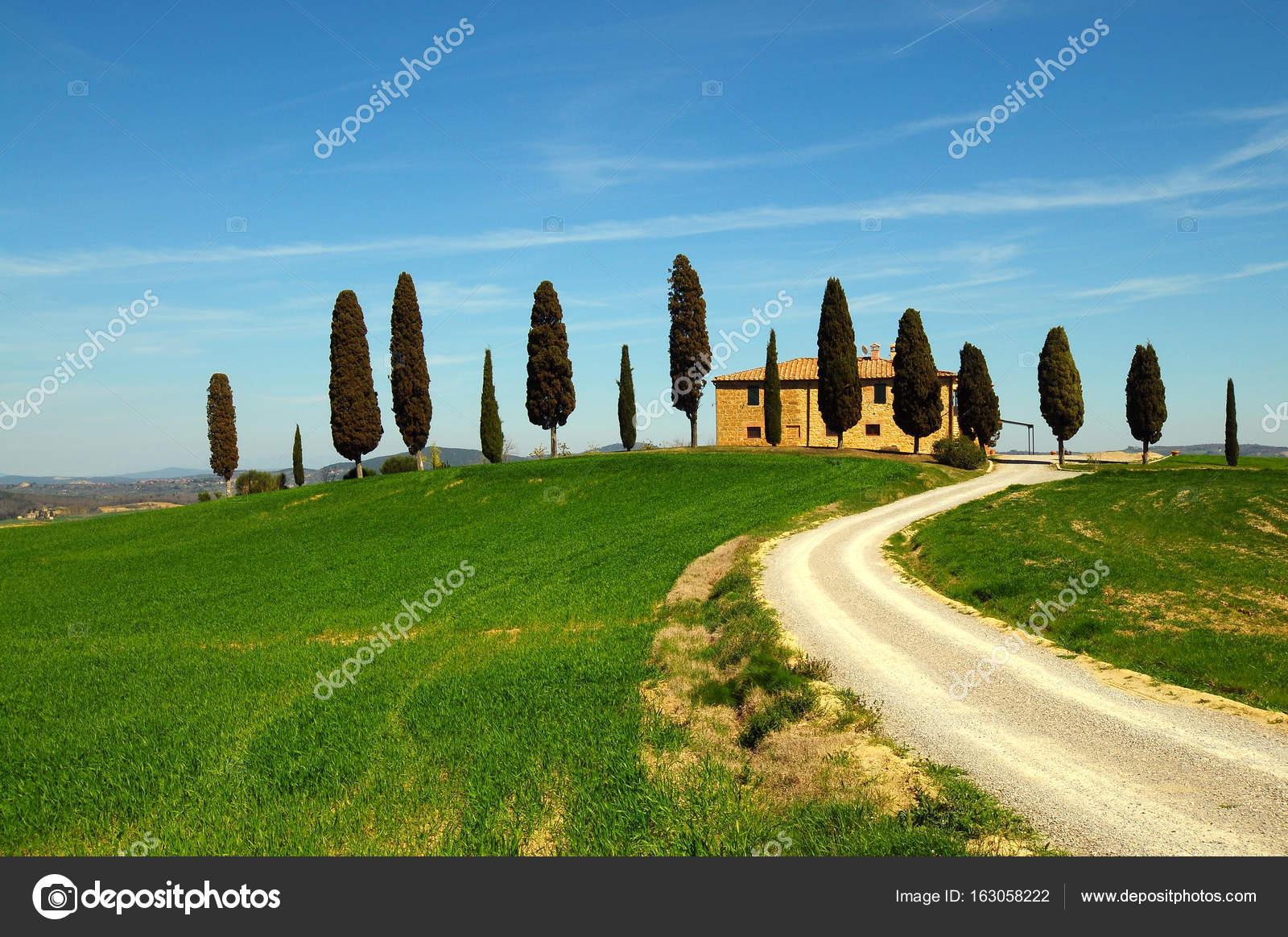 Pienza Toscana  Italia  31 marzo 2017 paesaggio della