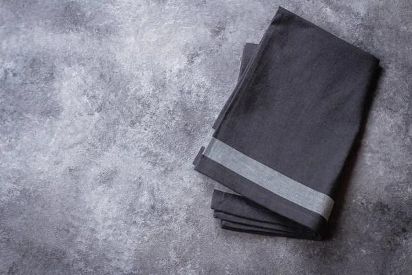 gray kitchen towels mobile home kitchens 灰色的厨房毛巾上灰色的石桌背景具有复制空间的顶部视图 图库照片 灰色的厨房毛巾上灰色
