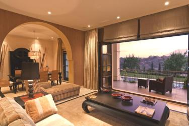Clásica por fuera moderna por dentro en marbella