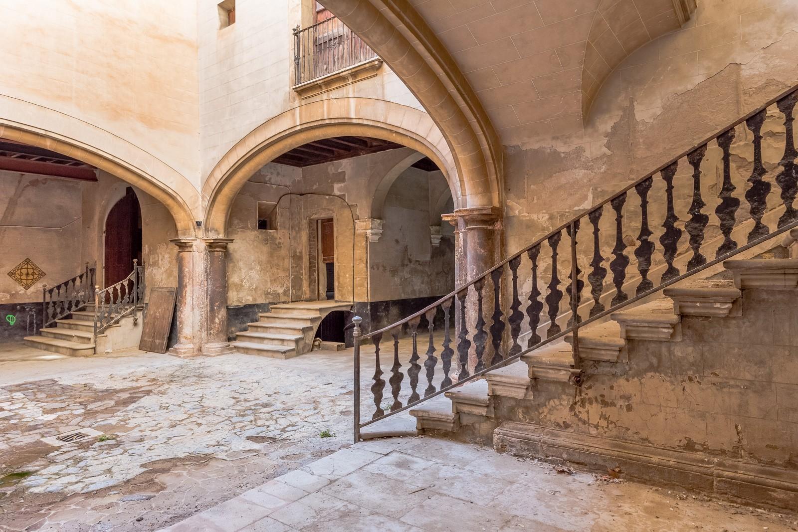 Los 7 castillos y palacios ms top a la venta en Europa