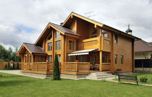 Laminated Log House 131.500 euros