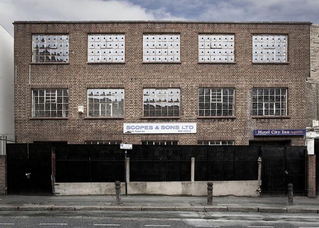 En este edificio hay 312 ventanas divididas igualmente