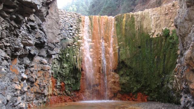 Cascada de Colores en la isla de la Palma