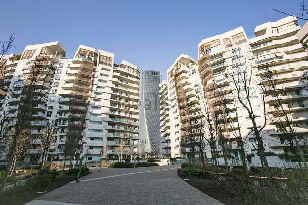 Lattico Di Fedez Di Citylife A Milano In Affitto Su