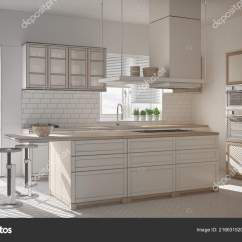 Islands For The Kitchen Toddler Play Kitchens 未完成的项目的现代木白色厨房与岛屿凳子和窗户镶木人字地板 图库照片 未完成的项目的现代木白色厨房与岛屿凳子和窗户镶木