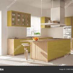 Kitchen Accent Table Vinyl 现代木和黄色厨房与海岛凳子和窗口镶木地板建筑简约室内设计 图库照片 现代木和黄色厨房与海岛凳子和窗口镶木地板建筑简约室内